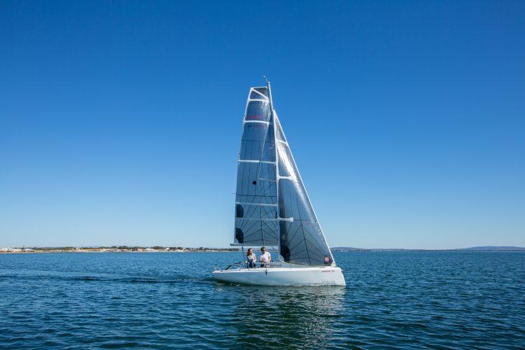 SailEazy voilier Fareast 193 Marseillan Etang de THau  e1600952022106 - Coaching Régate - Marseillan